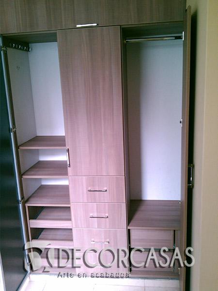 Muebles de dormitorio closet de melamine roperos de for Closet blanco pequeno