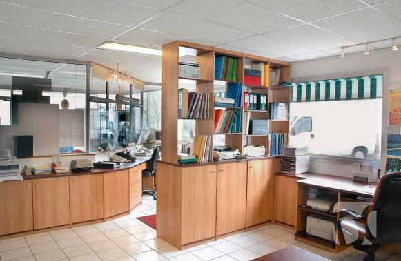 Muebles para oficinas en melamine escritorios de melamine for Muebles modulares de oficina