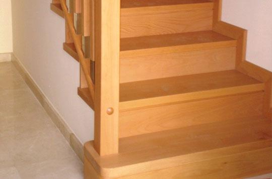 Escaleras escaleras de madera per escaleras revestidas for Como trazar una escalera de madera